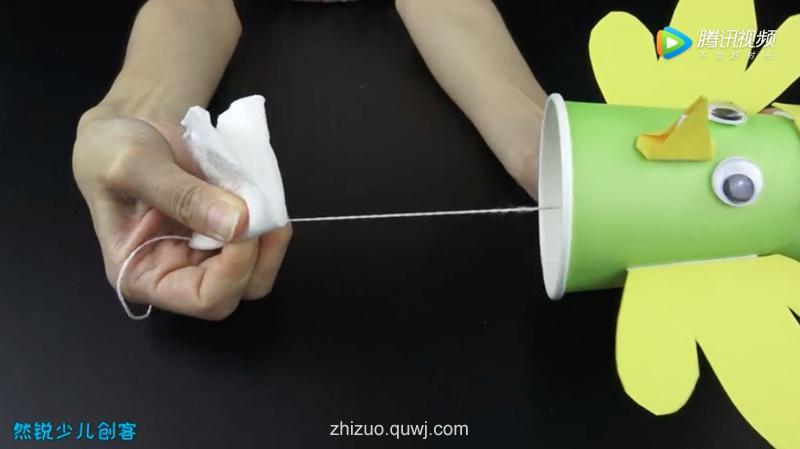 科技小制作:会发出鸡叫的纸杯