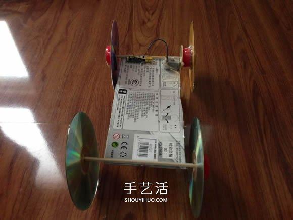 科技小制作:齿轮传动电动汽车