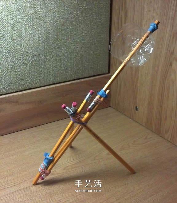 科技小制作:几根铅笔搞定投石机
